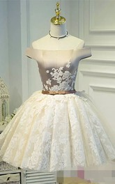Sleeveless Ball Gown Short Mini Off-the-shoulder Appliques Bow Pleats Satin Lace Homecoming Dress