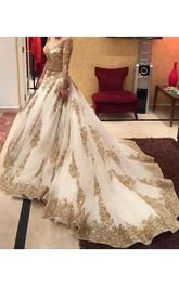 Glamorous Lace Appliques Beadings Wedding Dress 2018 Long Sleeve Long Train