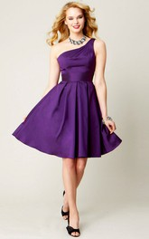 One-shoulder Satin A-line short Bridesmaid Dress
