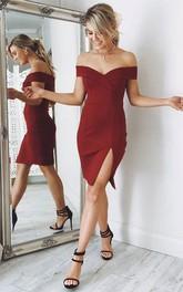 Sleeveless Sheath Knee-length Off-the-shoulder Split Front Chiffon Homecoming Dress