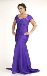 Cap-sleeve Ruched plus size Dress With Zipper And Sweep Train