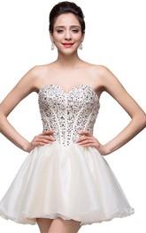 Glamorous Sweetheart Crystal Short Homecoming Dress Tulle