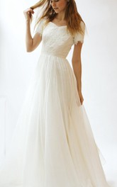 Tulle Lace Bodice Short-Sleeve V-Neckline Dress