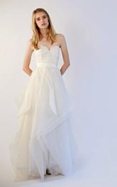 Wit Lace Bodice Ruffled Skirt Sweetheart Organza Dress