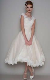 A-line Scoop-neck Cap-sleeve Tea-length Wedding Dress With Appliques