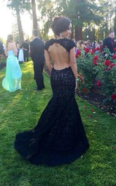 Modern Lace Black Mermaid 2018 Prom Dress Sweep Train Cap Sleeve