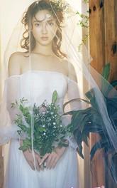 Ethereal Simple Style Chapel Wedding Veil