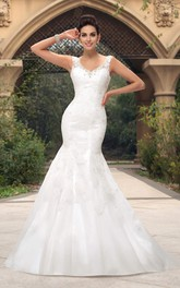 Open Back Mermaid V-neck Sleeveless Lace Appliqued Bridal Gown