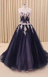 A-Line Tulle Corset Sweetheart Appliqued Bell Court-Train Ball Gown