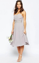 A-Line Tea-Length Ruched Sleeveless Sweetheart Chiffon Bridesmaid Dress With Beading