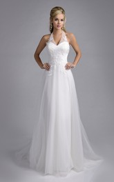 Haltered Sleeveless Tulle Floor-length Backless Wedding Dress With Appliques