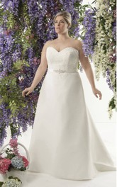 Sweetheart A-line Appliqued plus size wedding dress With Corset Back And Jeweled Waist