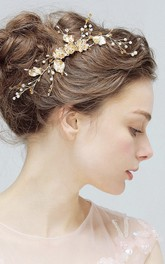 Aesthetic Delicate Gold Flower Rhinestone Crystal Pearl Manual Hair Comb