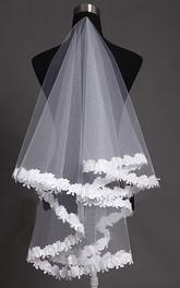 Elbow Length Lace Applique Soft Tulle Veil