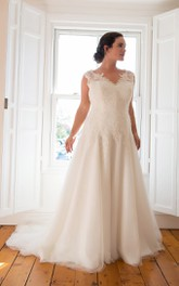 V-Neckline Tulle Pleated Long A-Line Court-Train Sleeveless Gown