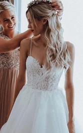 Bohemian Sleeveless Lace and Tulle Ball Gown Spaghetti Floor-length Wedding Dress with Beading