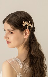 Delicate Handmade Golden Hair Pins with Flowers