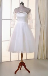 Scoop-neck Illusion 3-4-sleeve A-line Tulle Wedding Dress With Appliques