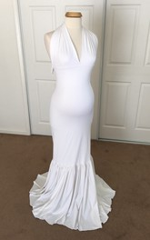Mermaid V-neck Pleated Ruched Sleeveless Brush Train Jersey Maternity Dress