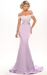 Off-the-shoulder Mermaid Appliqued party Dress With Low-V Back
