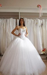 Sweetheart Neck Crystal Princess Tulle Ball Gown
