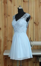 Plunged Sleeveless short Wedding Dress With Appliques And Zipper