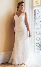 Plunged Sleeveless Mermaid plus size wedding dress With Appliques