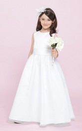 Tulle Satin Sash A-Line Scoop-Neckline Floor-Length Flower Girl Dress