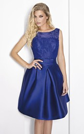 Bateau Sleeveless Satin short Dress With Lace