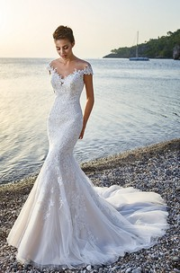 exquisite V-neck Cap-sleeve Mermaid Tulle Wedding Gown With Court Train
