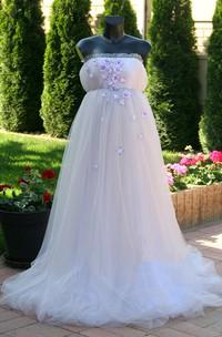 Beach Strapless Sleeveless Beading Floral Pleated Maternity Wedding Dress