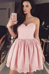 Sleeveless A-line Ball Gown Short Mini Sweetheart Pleats Ruching Lace Homecoming Dress