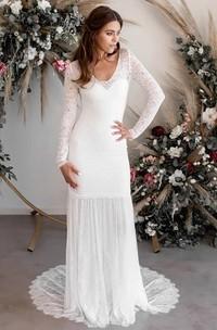 Sexy Chiffon and Lace Sheath V-neck Long Sleeves Wedding Dress