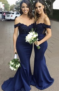Sleeveless Off-the-shoulder Sweetheart Mermaid Bridesmaid Dress With Appliqued Top