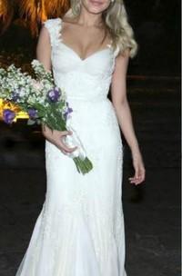Queen Anne V-neck Lace Cap Short Sleeve Wedding Dress