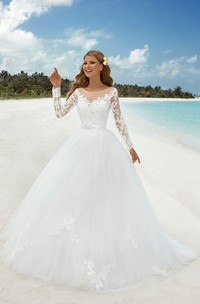 Ball Gown Floor-Length Bateau-Neck T-Shirt-Sleeve Illusion Tulle Dress With Beading And Appliques