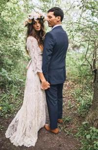 Casual V-neck 3 4 Length Sleeve Lace A-Line Sheath Wedding Dress