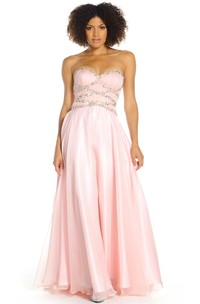 A-Line Sleeveless Maxi Beaded Sweetheart Satin Prom Dress With Straps And Ruching