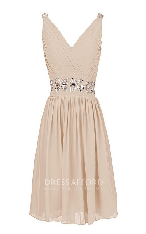 Short Sequined Waist V-Neckline Sleeveless Dress