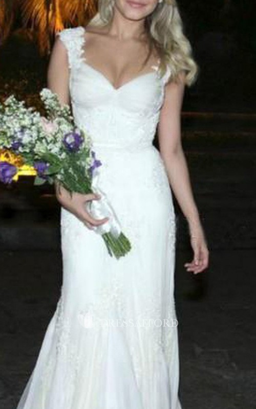 Queen Anne V-neck Lace Cap Short Sleeve Wedding Dress
