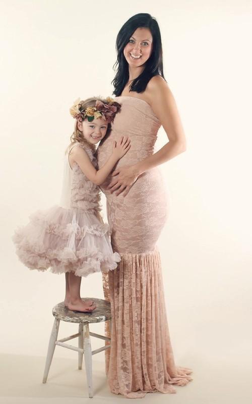Mermaid Strapless Pleated Sleeveless Floor-length Lace Maternity Dress
