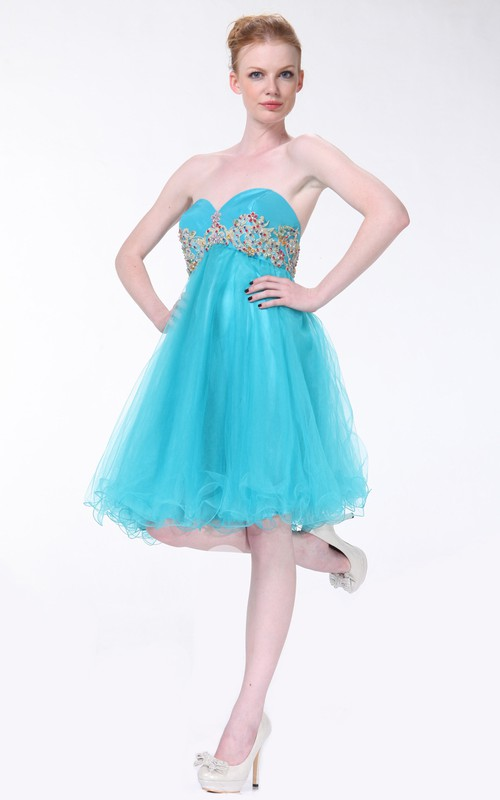 A-Line Knee-Length Sweetheart Sleeveless Empire Dress With Ruffles And Beading