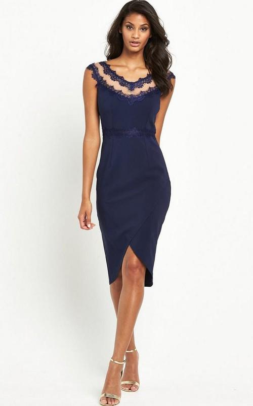 Knee-Length Pencil Cap Sleeve V-Neck Appliqued Bridesmaid Dress