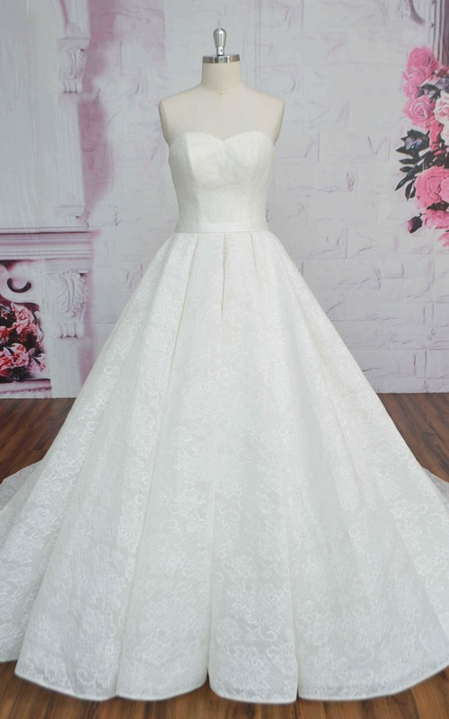 Sweetheart Lace-up Corset Lace Sleeveless Wedding Dress Ballgown With Sash And Ruching