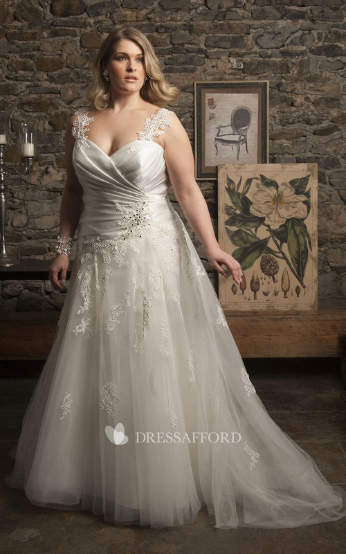 Strapped A-line Tulle Lace Criss cross Wedding Dress With Appliques And Corset Back