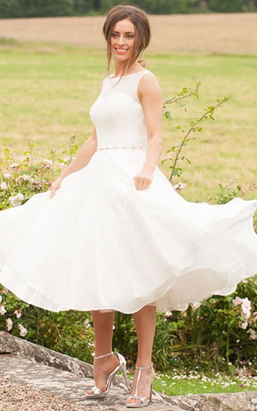 Bateau Sleeveless Tea-length Wedding Dress With Ruffled hemline