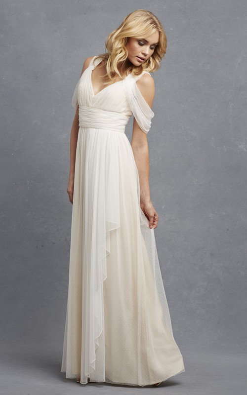 Tulle V-Neckline A-Line Romantic Sleeveless Gown