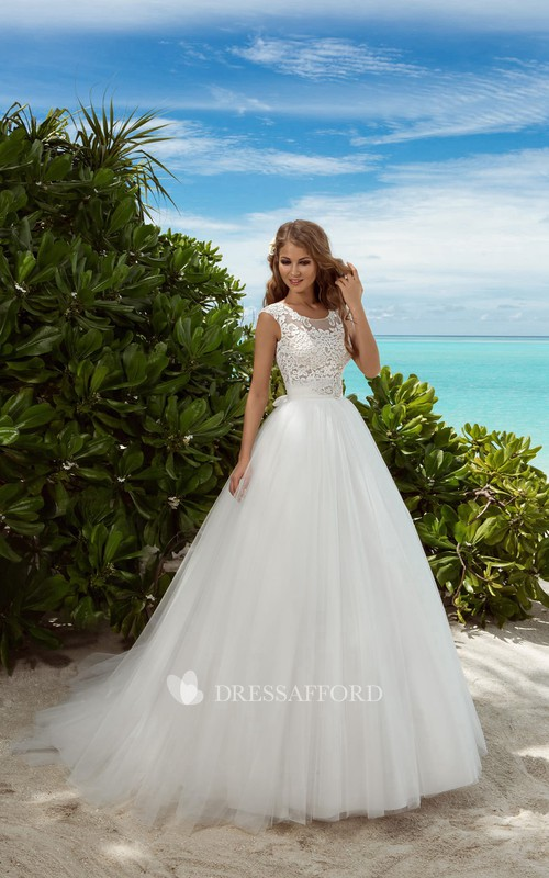 Sleeveless Rhinestone Lace Floor-Length A-Line Tulle Gown