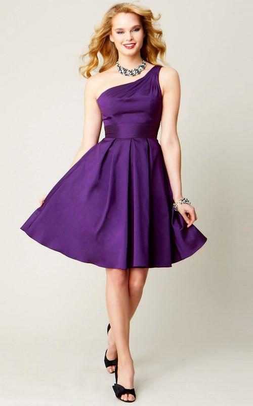 One-shoulder Satin A-line short Bridesmaid Dress