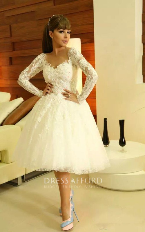 Short Lace Appliqued Sweetheart Modern Gown